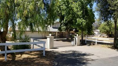 28150 QUEENSBRIDGE RD, Valley Center, CA 92082 - Photo 1