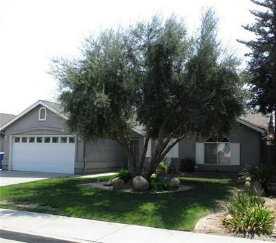 1131 YELLOWSTONE DR, Hanford, CA 93230 - Photo 2