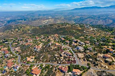 MEADOW GLEN WAY WEST #23, Escondido, CA 92026 - Photo 2