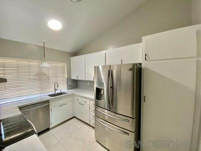 7700 PARKWAY DR UNIT 24, La Mesa, CA 91942 - Photo 2