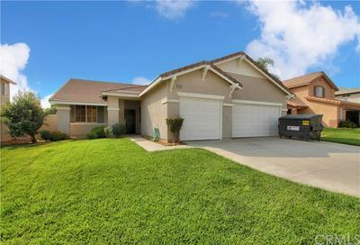 13528 JENNIFER LN, Yucaipa, CA 92399 - Photo 1