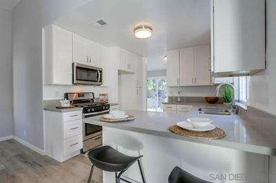 1712 WOODBRIDGE RD, Escondido, CA 92026 - Photo 2