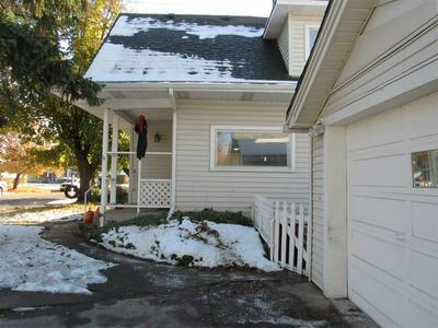 2415 N LINCOLN ST, Spokane, WA 99205 - Photo 2