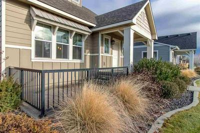 2018 W SUMMIT PKWY, Spokane, WA 99201 - Photo 2