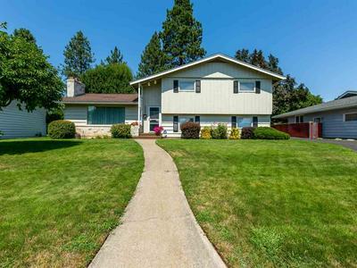 1808 W GLASS AVE, Spokane, WA 99205 - Photo 2