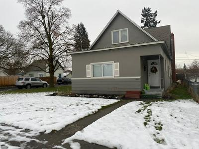 1801 W AUGUSTA AVE, Spokane, WA 99205 - Photo 2