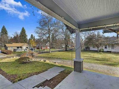 924 E 34TH AVE, Spokane, WA 99203 - Photo 2