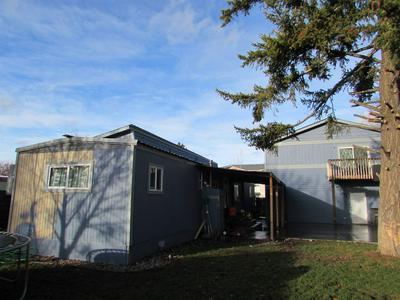 11522 E JACKSON AVE, Spokane Valley, WA 99206 - Photo 2