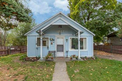 1827 W COLLEGE AVE, Spokane, WA 99201 - Photo 1