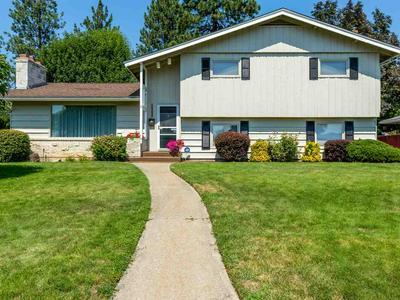 1808 W GLASS AVE, Spokane, WA 99205 - Photo 1