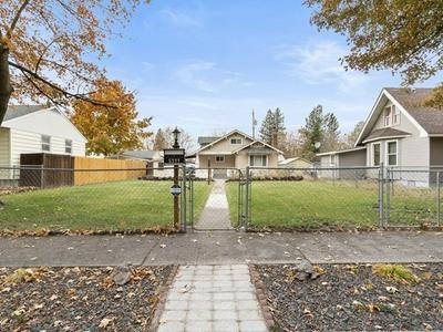 5311 N LINCOLN ST, Spokane, WA 99205 - Photo 1