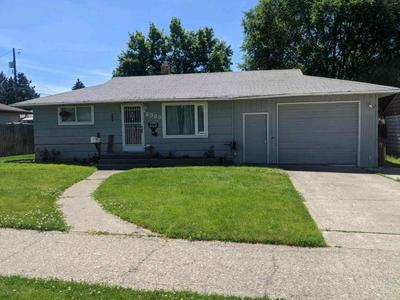 2933 W ELOIKA AVE, Spokane, WA 99205 - Photo 1