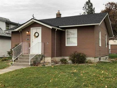 2216 W FAIRVIEW AVE, Spokane, WA 99205 - Photo 1