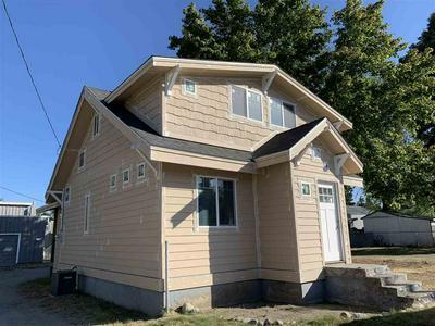 6716 N CRESTLINE ST, Spokane, WA 99217 - Photo 1