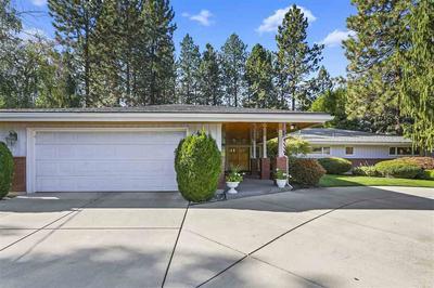 2424 S PERRY ST, Spokane, WA 99203 - Photo 2