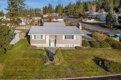 4806 W ROSEWOOD AVE, Spokane, WA 99208 - Photo 2