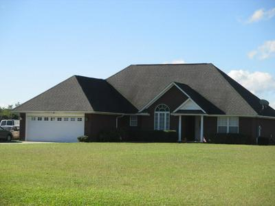 945 LAKE ASHWOOD RD, Sumter, SC 29153 - Photo 1