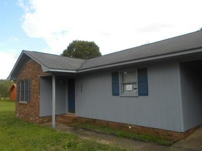 5076 SEYMOUR RD, Dalzell, SC 29040 - Photo 2