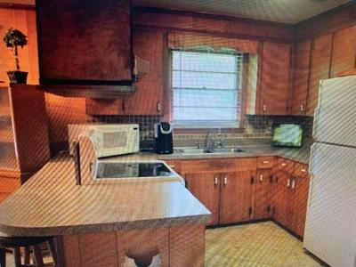 217 N WISE DR, Sumter, SC 29150 - Photo 2