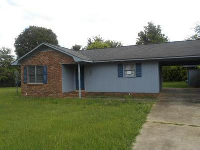 5076 SEYMOUR RD, Dalzell, SC 29040 - Photo 1