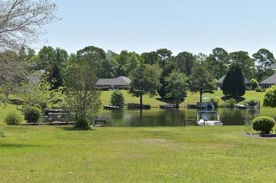 43 N LAKE CIR, Manning, SC 29102 - Photo 1