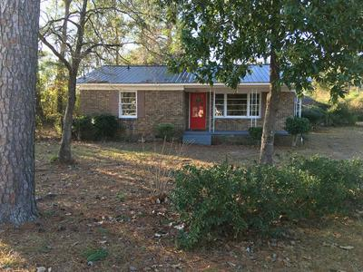 601 SYKES ST, MANNING, SC 29102 - Photo 1