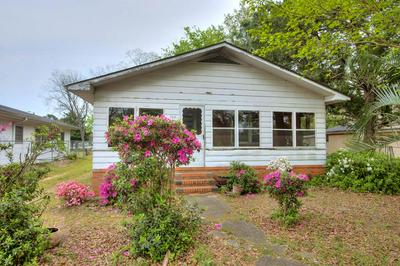 703 MANNING AVE, Sumter, SC 29150 - Photo 1