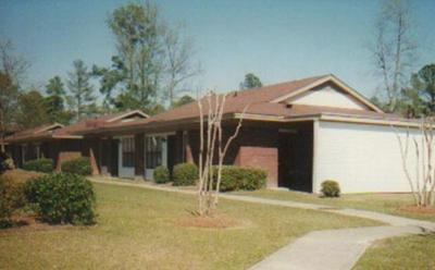 251 RAST ST APT Q10, Sumter, SC 29150 - Photo 1