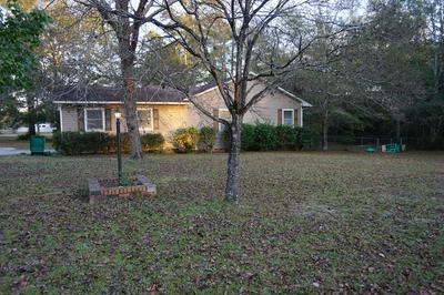 2132 KINGSBURY DR, Sumter, SC 29154 - Photo 2