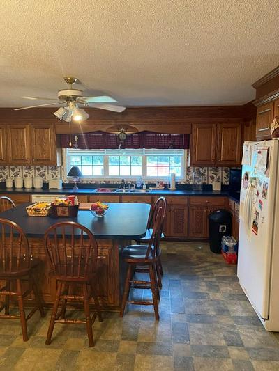 1341 ROCKDALE BLVD, Sumter, SC 29154 - Photo 2