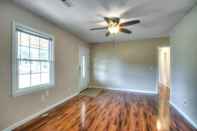 897 PERRY BLVD, Sumter, SC 29154 - Photo 2