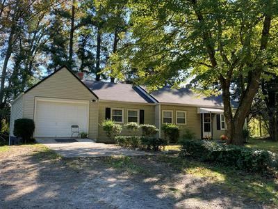 5813 FARMVILLE RD, Farmville, VA 23901 - Photo 1
