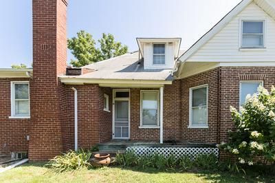 1505 CHURCH ST, Appomattox, VA 24522 - Photo 2