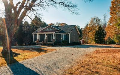 1073 BURKEVILLE RD, VICTORIA, VA 23974 - Photo 2