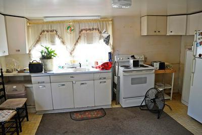 2170 CARTERSVILLE RD, Cartersville, VA 23027 - Photo 2