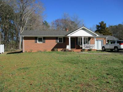 177 RIDGE RD, BLACKSTONE, VA 23824 - Photo 1