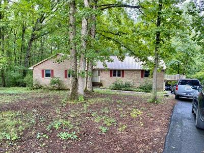5114 COTTAGE RD, Blackstone, VA 23824 - Photo 2