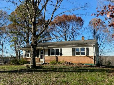 621 ELDON RD, Appomattox, VA 24522 - Photo 2