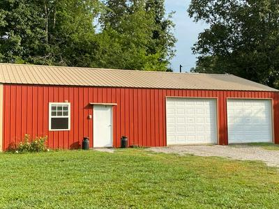 738 GREEN VALLEY RD, Glasgow, KY 42141 - Photo 2