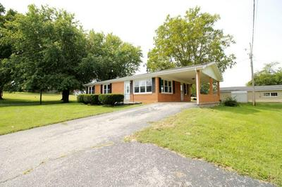 195 HOWARD DR, Horse Cave, KY 42749 - Photo 2