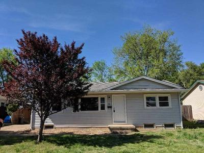 626 W 7TH ST, Haysville, KS 67060 - Photo 1