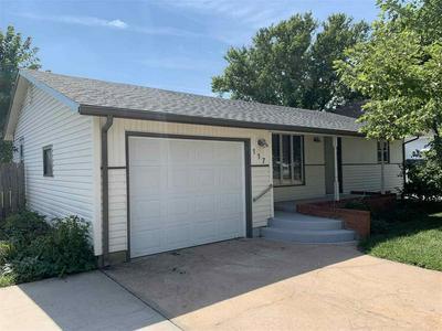 117 W GRANT ST, Moundridge, KS 67107 - Photo 1