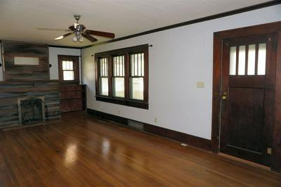 201 S GORIN ST, CLEARWATER, KS 67026 - Photo 2