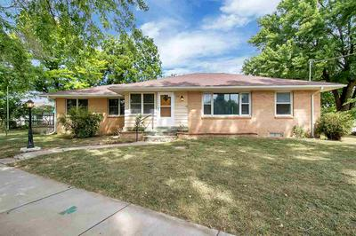 200 W ANDERSON AVE, Andale, KS 67001 - Photo 1