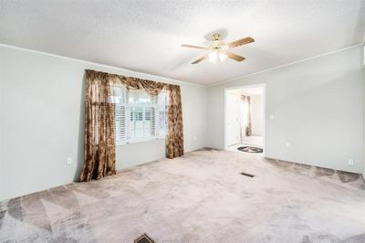 1685 NW 10 AVE, Kingman, KS 67068 - Photo 2