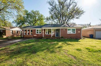 800 ANITA DR, Haysville, KS 67060 - Photo 1