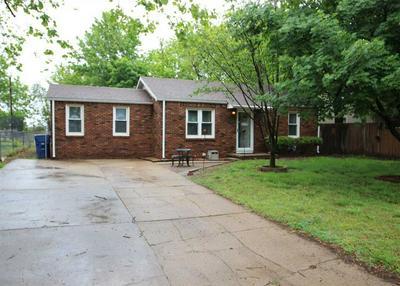 324 E HEMPHILL AVE, Haysville, KS 67060 - Photo 1