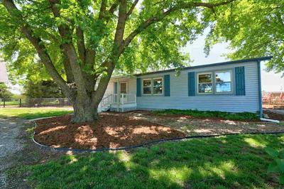 701 E HOCH ST, Moundridge, KS 67107 - Photo 2