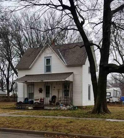 1014 LOWRY ST, Winfield, KS 67156 - Photo 1