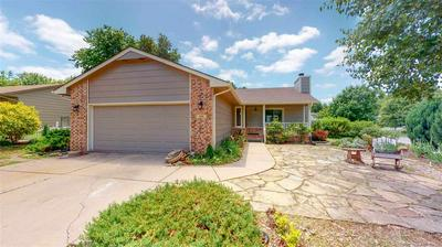 111 E DERBY HILLS DR, Derby, KS 67037 - Photo 1